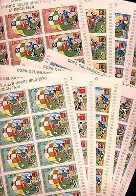 (939472)  - complete sheets of 15 - Soccer, Small lot, Equatorial Guinea