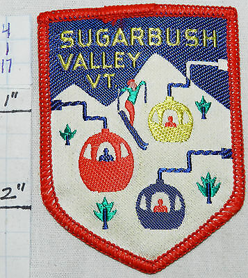 VERMONT, SUGARBUSH SKI RESORT MAD RIVER WARREN WOVEN VINTAGE 1960's ERA PATCH