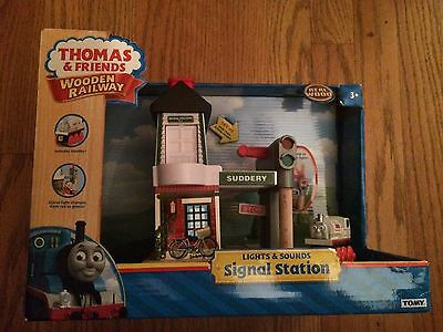 LC98215 Lights & Sounds Signal Station for the Thomas Wooden Railway System New