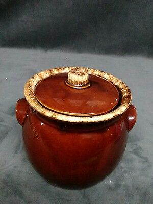 Hull USA Oven Proof Brown Drip Bean pot with  Lid  Vintage