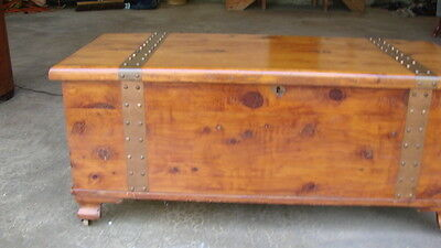 Antique Brass + Cedar Treasure Storage Chest Trunk Lock + Key Coffee Table
