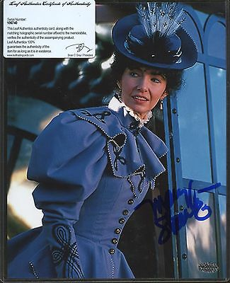 Mary Steenburgen Signed 8x10 Photo Leaf COA AUTO Autograph 1