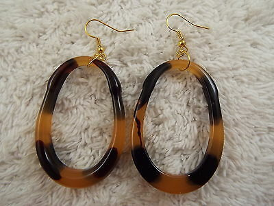 Acrylic Tortoise Hoop Pierced Earrings (C52)