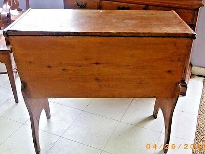 Antique Primitive Pine Dough Box  Standing Cover Trough American Country