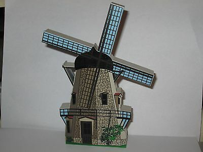 Shelia's Collectibles Sorensen Windmill Solvang CA. Mint in Box