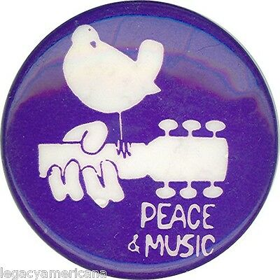 Circa 1970 Woodstock PEACE & MUSIC Vintage Rock Pinback (1278)