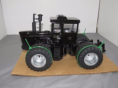John Deere 7520 Precision Engineering Toy Tractor Black Chrom High Detail Custom