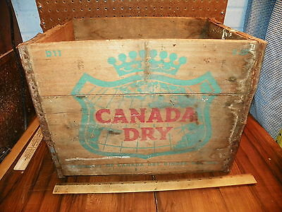 1957 CANADA DRY Ginger Ale Metal Wood Soda Bottle Box Crate