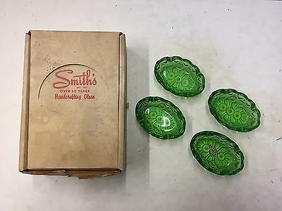 L. E. SMITH Vintage OVAL GLASS ASHTRAYS SET of 4 GREEN MOON & STARS NOS 4""