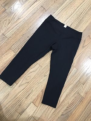 EUC IVIVVA Athletica Lululemon Solid Black Reversible Rhythmic Crops Size 14