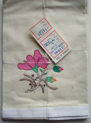 """SET OF 4 applique & embroidered cotton flower GUEST TOWELS  EACH 20"""" X 14"""""""