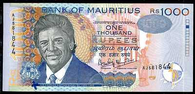MAURITIUS -  1000  RUPEES  2001  Prefix AJ  - P 54b about Uncirculated