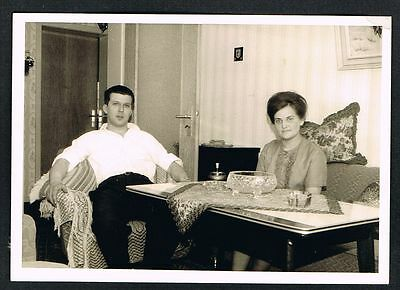 FOTO vintage PHOTO, Frau, Mann, Wohnzimmer, woman, man, living room, /119