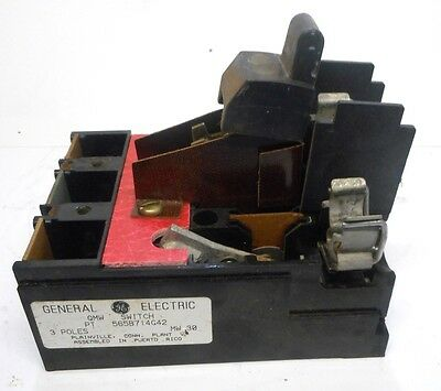 General Electric, Switch, Part No. 565B714G42, 3 Pole