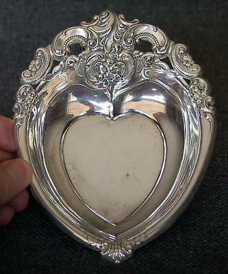Lovely Wallace Sterling Silver Grand Baroque Heart Shaped Candy Bon Bon Dish