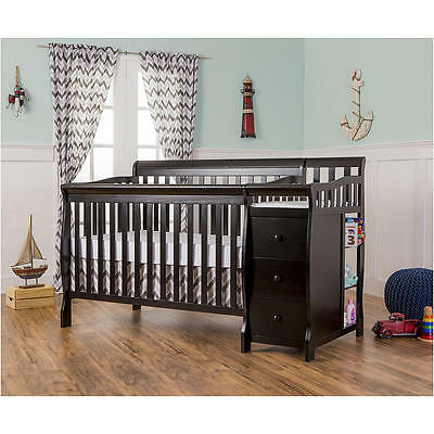 Dream On Me 5-in-1 Brody Convertible Crib with Changer - Black