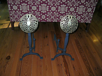 Va Metalcrafters Williamsburg Style  Larger Old English Medallion Andirons