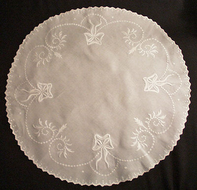"Lovely Victorian Doily Centerpiece Raised Floral Embroidery 26"" Round"