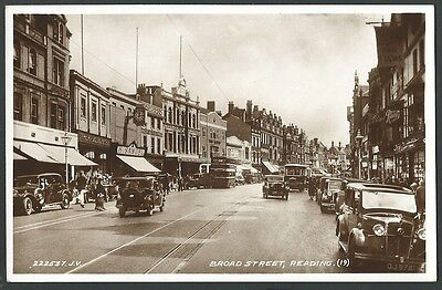 Reading Berkshire Broad Street c1930s Valentine Real Photo Postcard