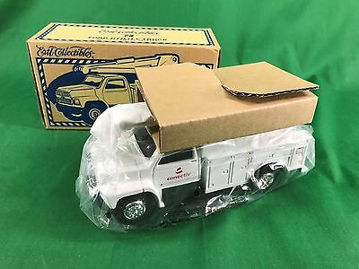 2001 Ertl 1/34 Diecast Conectiv F 700 Ford Utility Truck Mint in Box