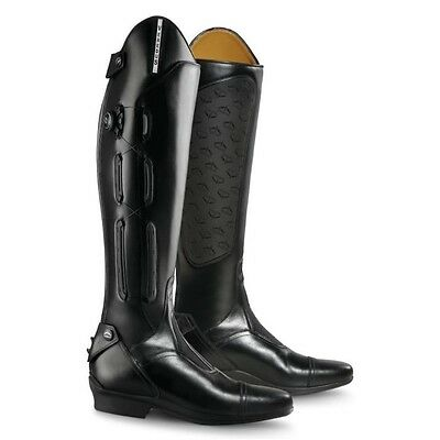 VEREDUS GUARNIERI LONG RIDING BOOT BLACK horse rider wear showing competition