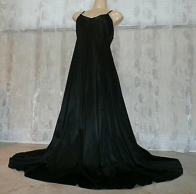 "Vintage 140"" Sweep Black Nylon Nightgown--Size-Large"