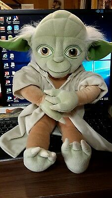Pillow time pal Yoda from star wars