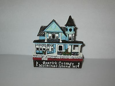 Shelia's Collectibles Rearick Cottage Mackinac Island MI Magnet Miniature Mint