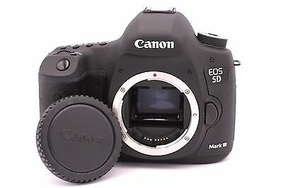 Canon EOS 5D Mark III 22.3MP Digital SLR Camera - (Body Only) Shutter Count: 247