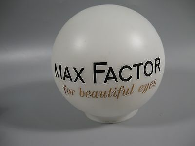 Max Factor Glass Shade For Beautiful Eyes Store Display?