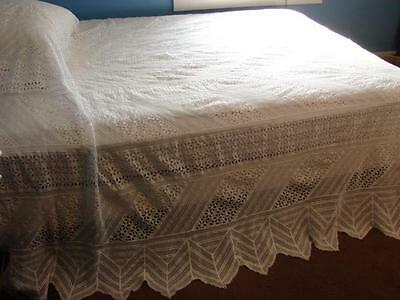 "STUNNING VINTAGE COTTON EYELET AND LACE BEDSPREAD SHABBY CHIC 96x100"" PERFECT"