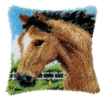 Vervaco Embroidery pillow 40x40cm HORSES motif Latch hook kit for Knot -3618