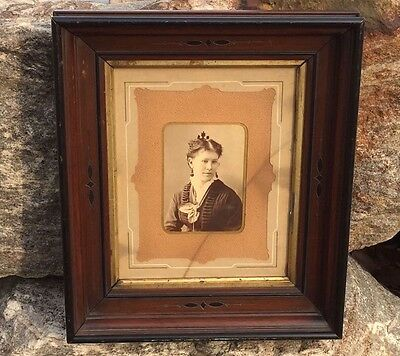 19th Century DEEP Wooden FRAME Cabinet Card PORTRAIT 1870s Carved Wood Victorian