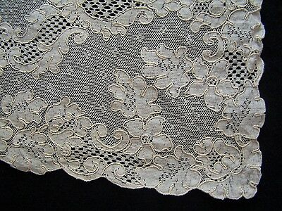 Fine Vintage Genuine ALENCON LACE Doily Placemat Centerpiece Excellent Condition