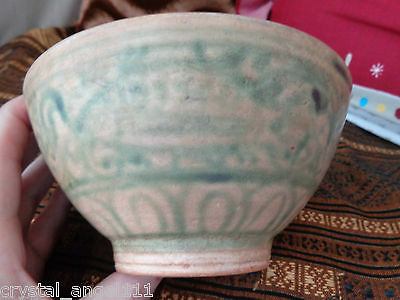 ANTIQUE 16th BURMESE GREEN & WHITE BOWL : EXOTIC LARGE FLOWER & FISH   DESIGN.