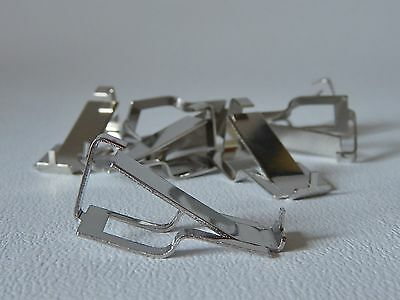 EIGHT SWISS D CLIPS FRAMELESS PICTURE MOUNTS - MAX THICKNESS 10mm FIXING