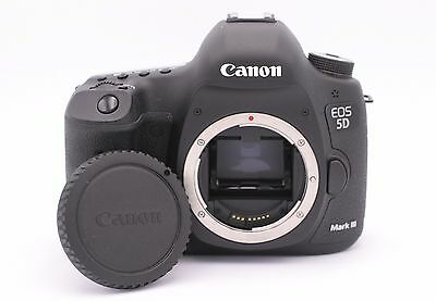 Canon EOS 5D Mark III 22.3MP Digital SLR Camera - (Body Only) Shutter Count: 112