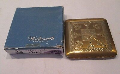 Vintage Wadsworth Powder Compact With Mirror Etched Gold-tone Design