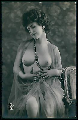 French nude busty woman big perfect breasts original c1910-1920s photo postcard