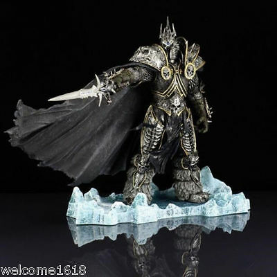 World of Warcraft WOW Deluxe Collector Figure: The Lich King: Arthas Menethil AA