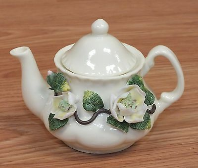 "4"" Inch Collectible White Ceramic Tea Pot & Lid with Realistic 3D Flower Design!"