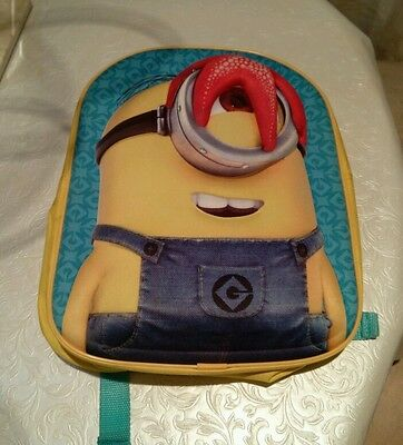Hard front cover minion backpack VGC