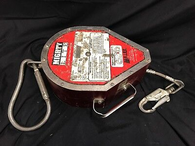 MILLER MIGHTY LITE SELF-RETRACTING LIFELINE/FALL PROTECTION 130' RL130 ft
