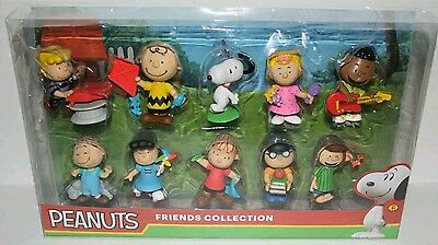 Peanuts Friends Collection Figures Set Of 10 New Nib Charlie Brown Snoopy 3""