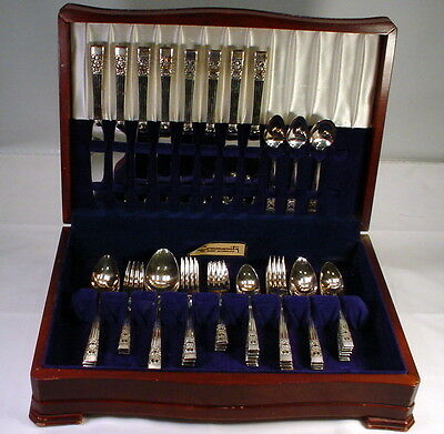Vintage 52 Pc Community Brand Silverware Coronation In Wood Chest Service For 8