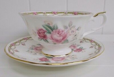 Kw-186 Allyn Nelson Pink Roses Tea Cup Saucer Set