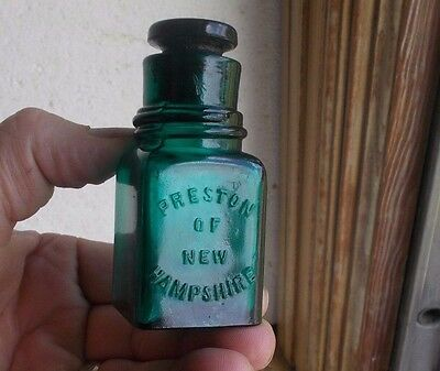 Preston Of New Hampshire Beautiful Teal Green Cologne Salts Bottle & Stopper