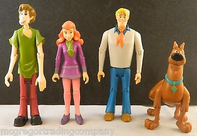 Lot of Hanna - Barbera Scooby Doo Action Figures Fred Shaggy Daphne & Scooby