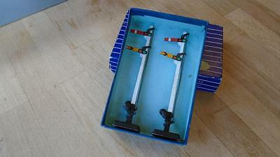 Hornby Dublo D2 Double Arm Signals X2. Boxed.