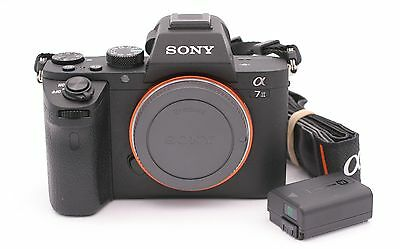 Sony Alpha a7 II 24.3MP Digital SLR Camera - Black (Body Only) Shutter Count:692
